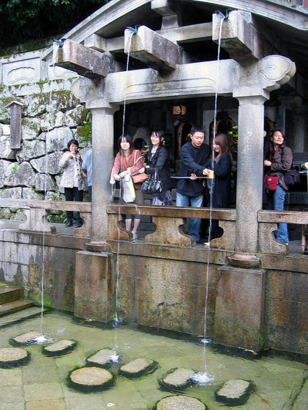 spiritual water at kiyomizudera