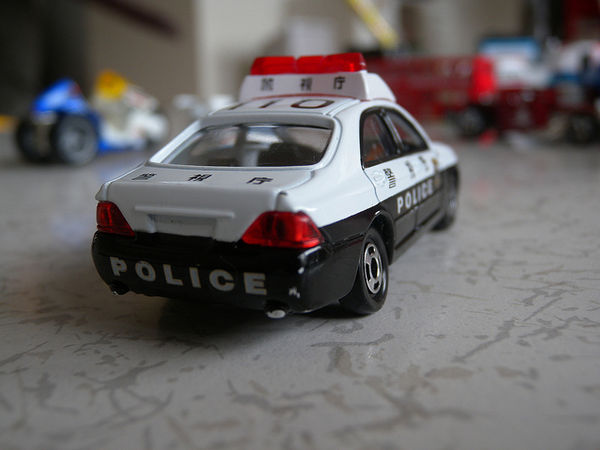 tomica police